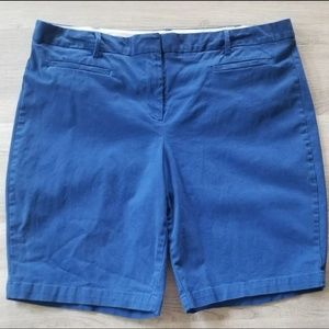 Lands' End Midrise Bermuda Shorts Size 18